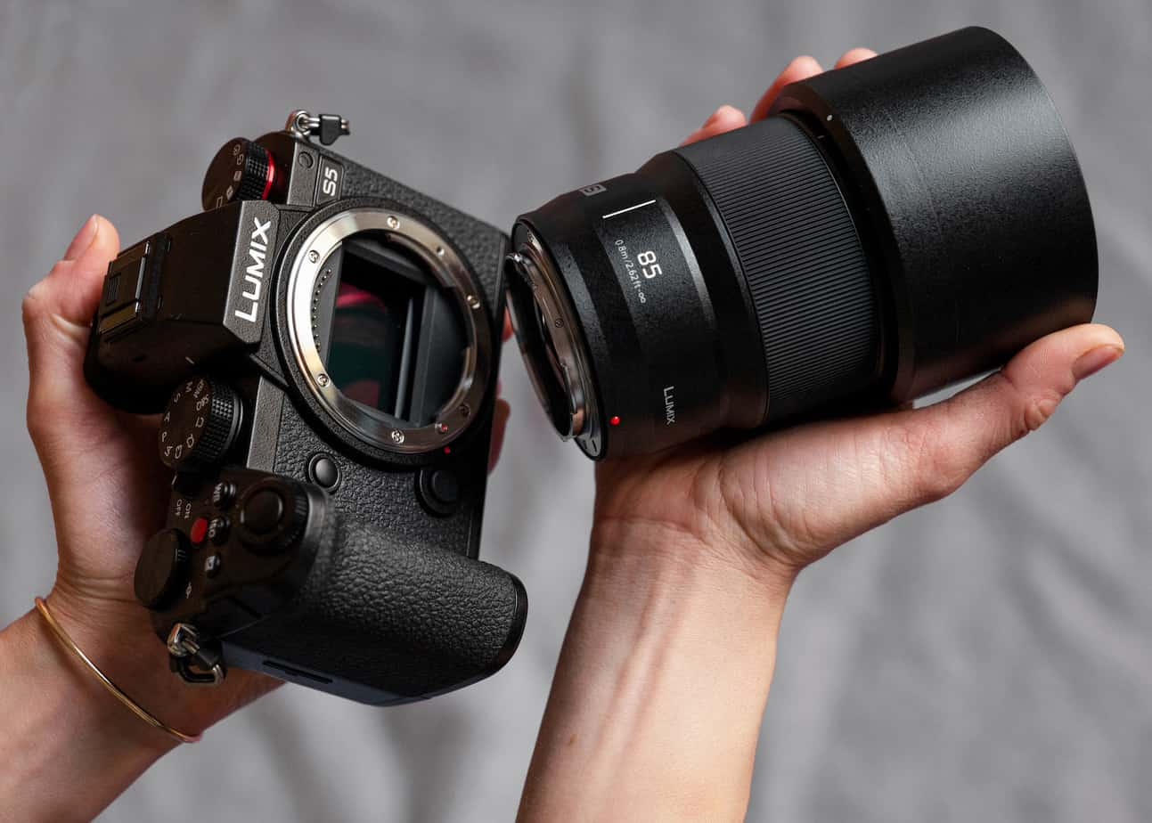 Panasonic LUMIX S5 with S-S85 lens_by Viviana Galletta_SMALLER