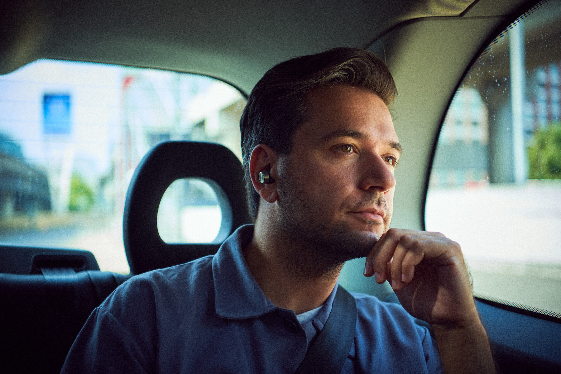 Bowers & Wilkins releases P17 and P15 in-ear wireless headlphones