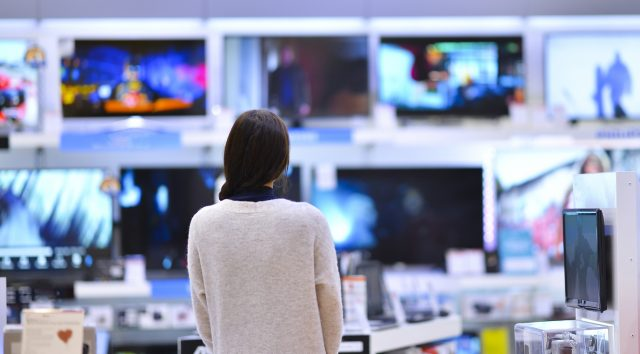 TV vendors say pandemic fueled sales growth