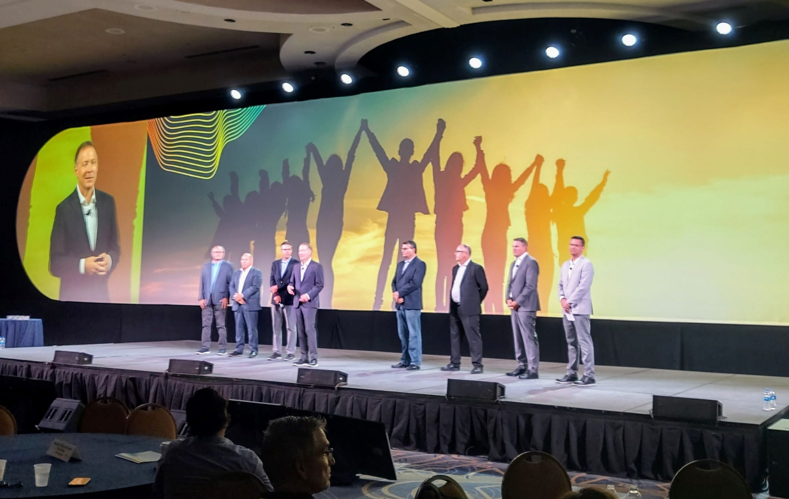BrandSource CEO Jim Ristow with Board of Directors and Senior Leadership
