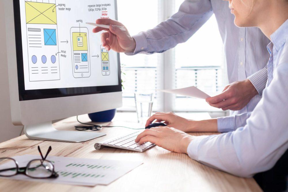 Optimiziing eCommerce digital showroom